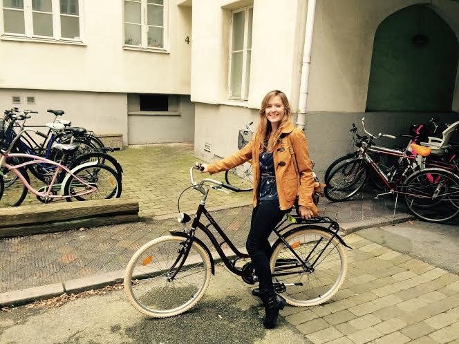 plume daure on bike swedish life