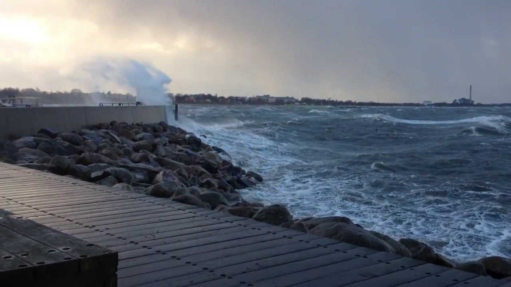 vastra-hamnen-sea