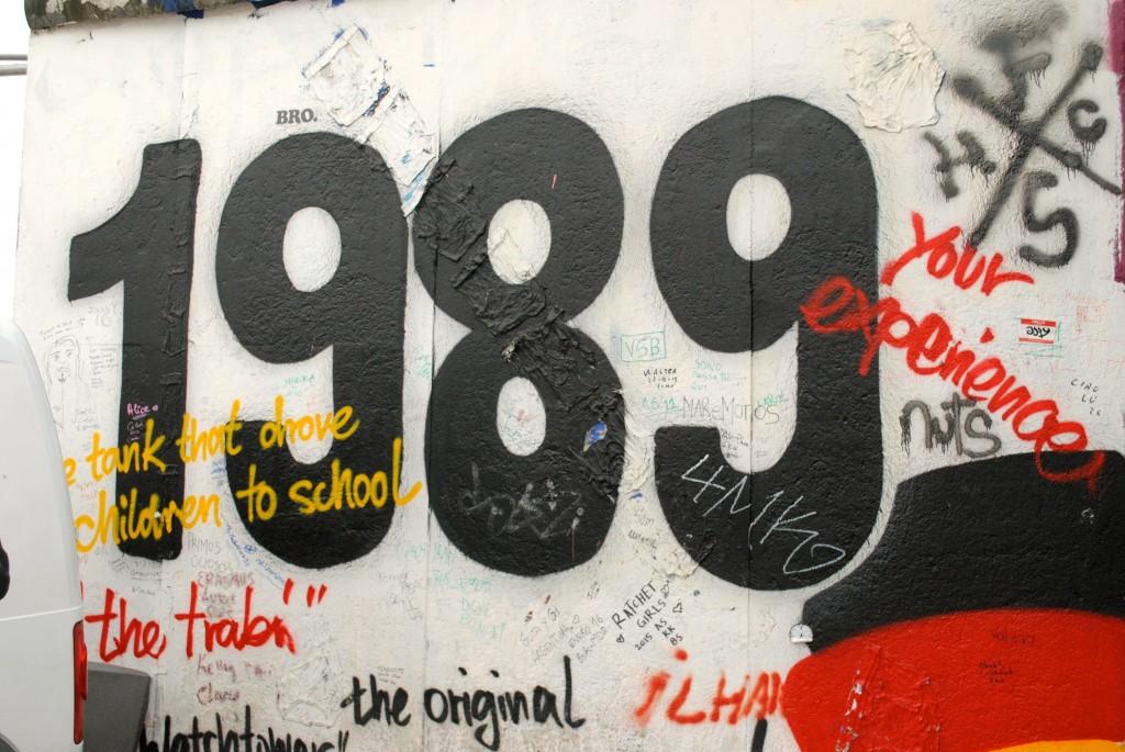 1989-berlin-wall