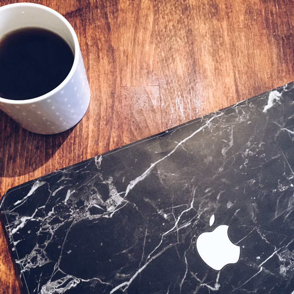 mac-marble-skin