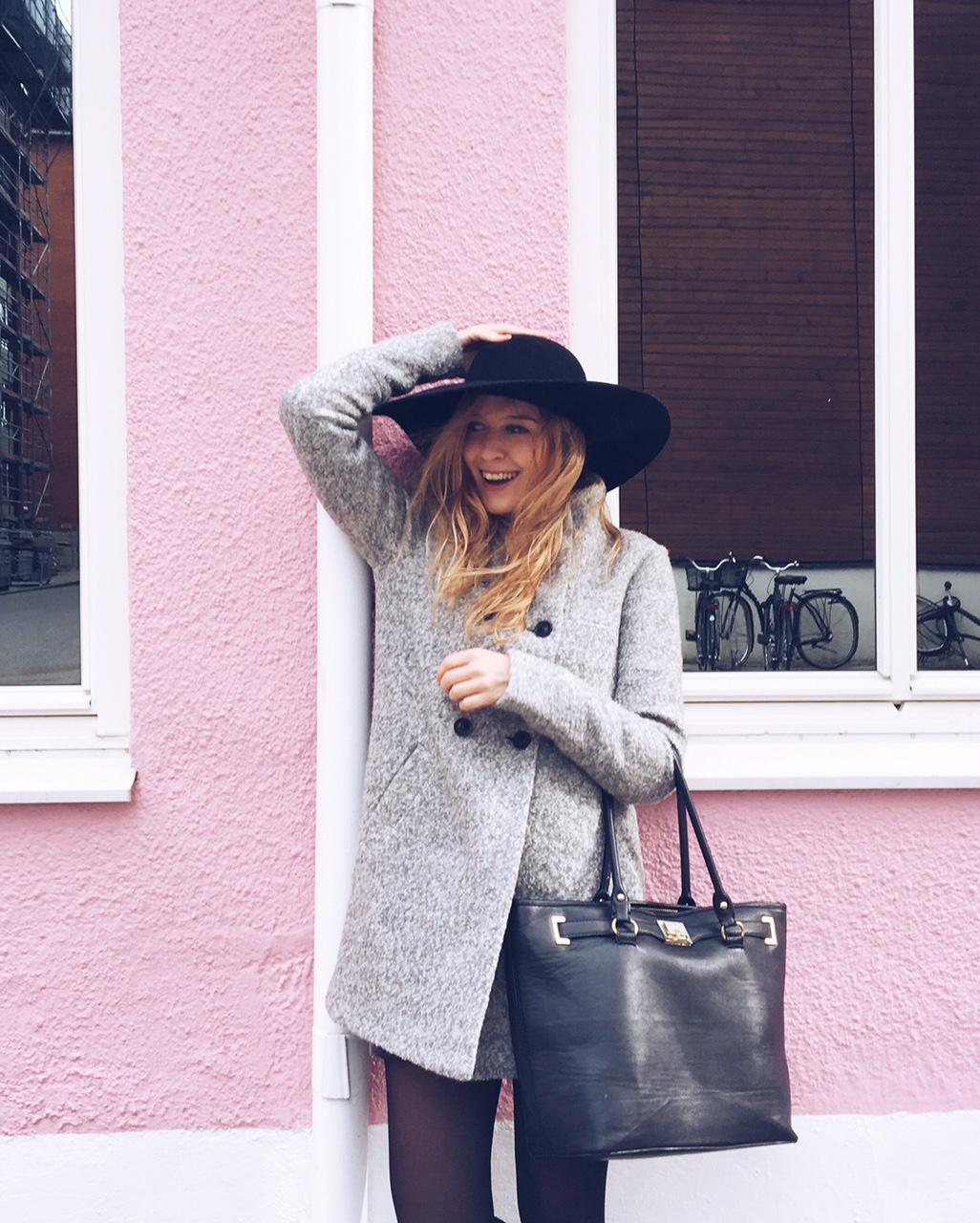 black-hat-grey-coat
