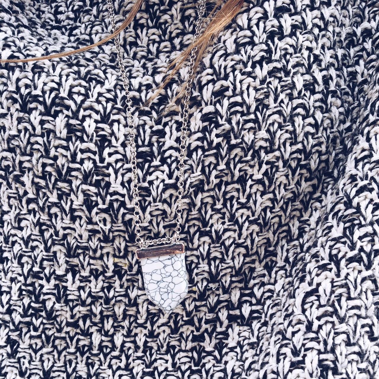 collier-marbre-aparajan