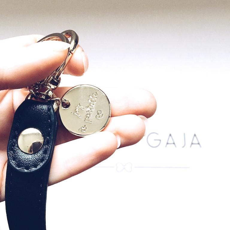 maison-gaja-bag-joy-is-portable