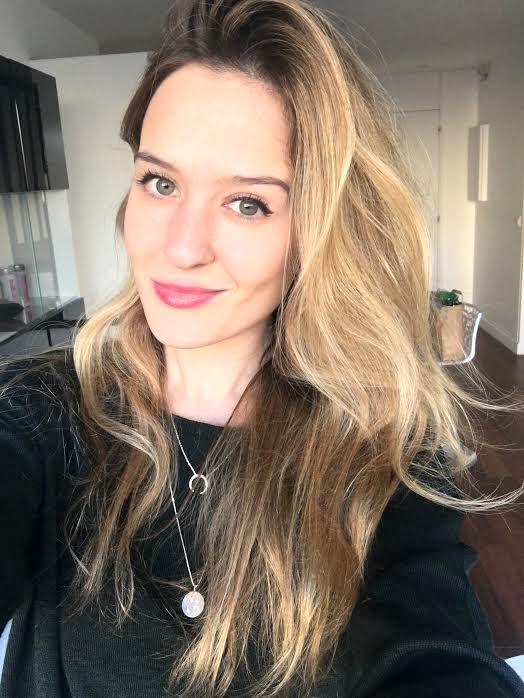 dry-hair-care-selfie