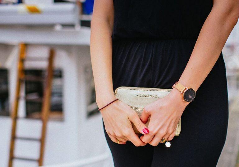 pochette dorée mode