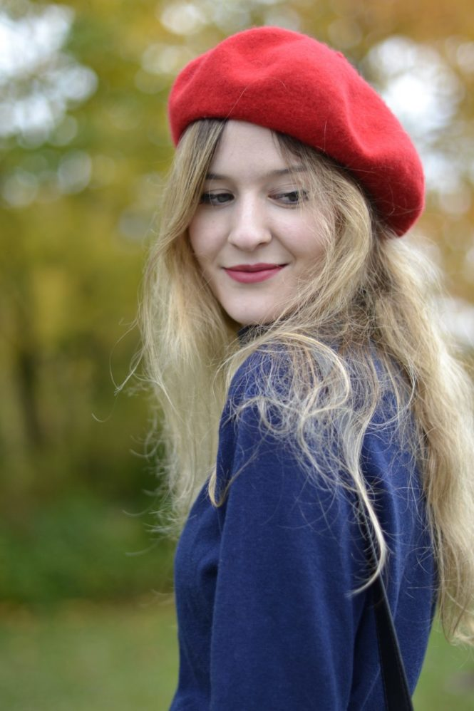 portrait red beret french girl