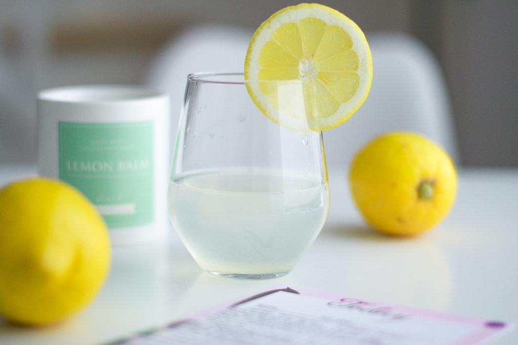 Half a lemon in the morning : a health & beauty secret !