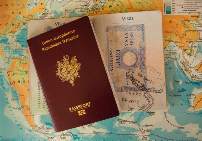 Moving overseas ? 7 things to do before you leave