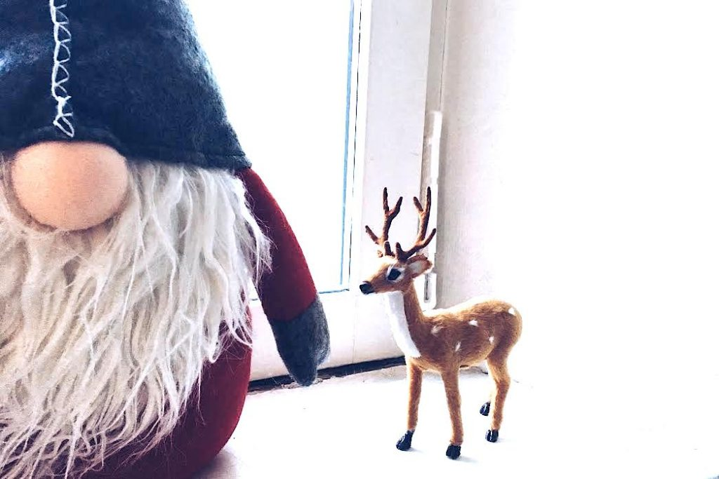 christmas-decorations-deer